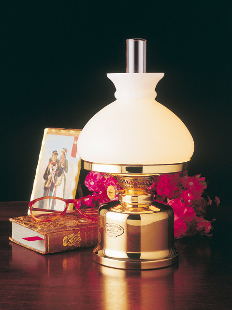 Es sorensen kerosene lamps es sorensen oil brass lamps old danish table lamp with vesta shade aloadofball Choice Image